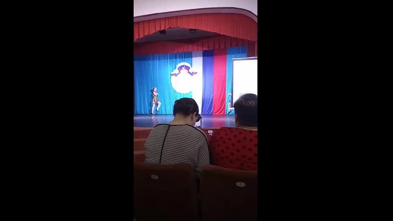 выступление 4 класса на поздравлении олимпиадников областного тура