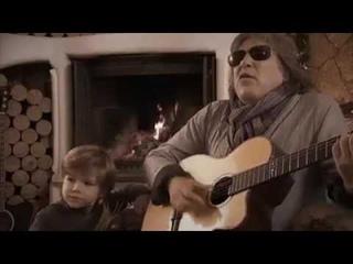 José Feliciano y el Niño cantando Feliz Navidad
