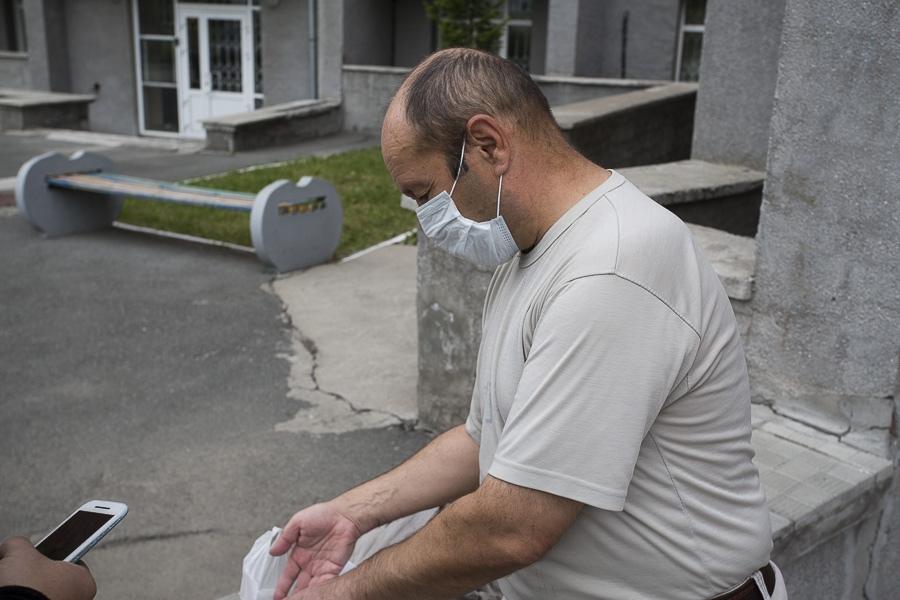 фото «Если нет денег на еду, то банкам я платить не буду»: как выживают оставшиеся без работы в кризис новосибирцы 7
