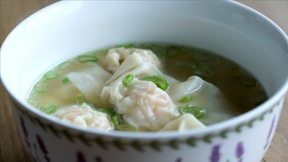 Receta fácil de Sopa Wonton o Wantán - Easy Wonton Soup Recipe l Kwan Homsai