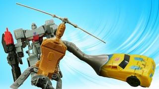 Роботы Трансформеры - Мегатрон поймал Бамблби! Сражение за Энергон! – Видео игры битвы онлайн