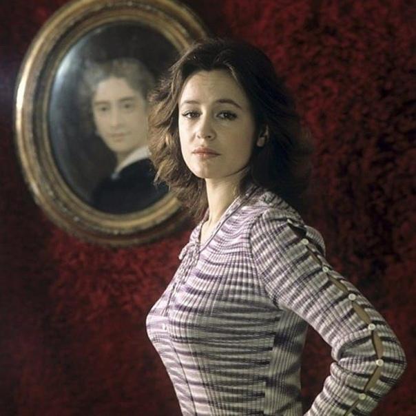 Марина Неёлова, сегодня ее день рождения  В каком фильме она вам больше запомнилась